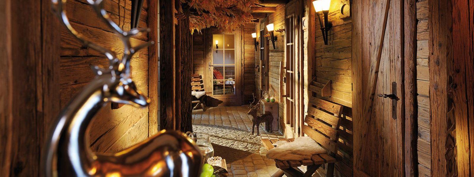 Blick in das Saunadorf vom Hotel Knippschild