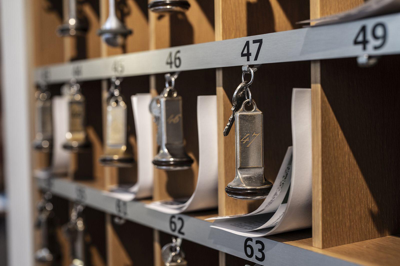 Schlüsselboard mit Fächern je Zimmer vom Jagdhaus Wiese
